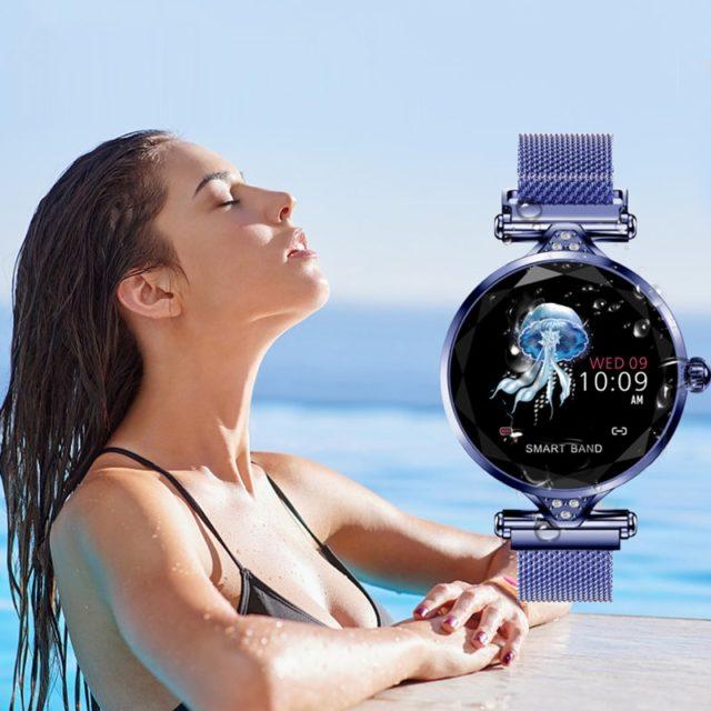 Women's Fashion Bluetooth Smartwatch