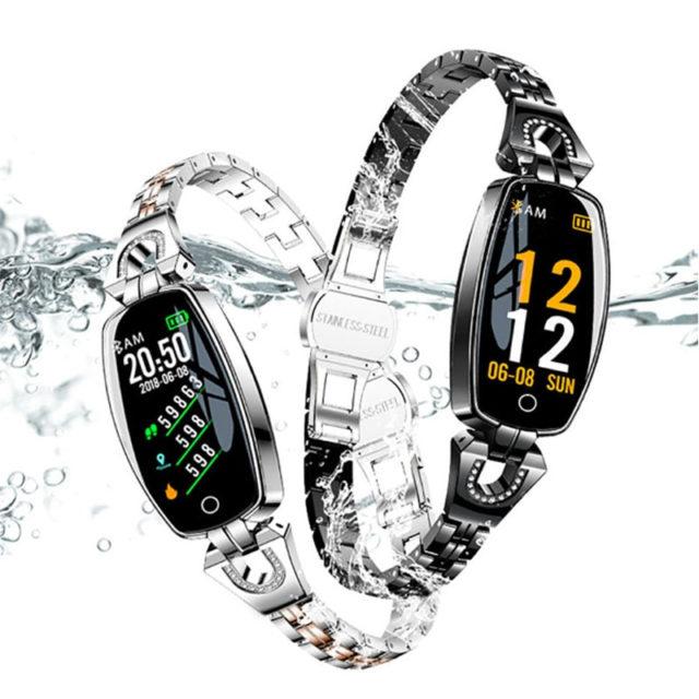 Women's Elegant Smart Watch with Metal Bracelet