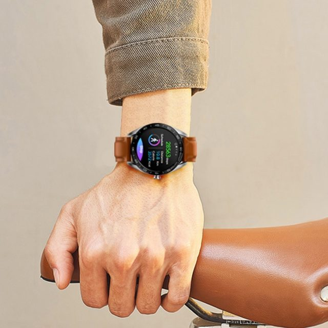 Large Round Smart Wristband with Leather Band
