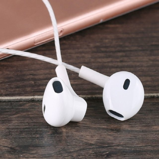 Stereo Bass Earphones with Microphone